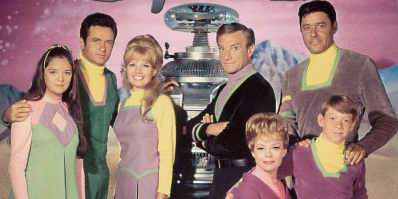 Angela Cartwright (left) with Cast of Lost in Space